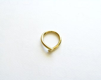 Simple Ring-Gold Minimalist Ring-Gold Chevron Ring-Modern Ring-Gift For Her-Minimalist Brass Jewellery-Minimalist Gold Ring