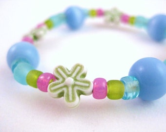 Blue, Pink and Green Bracelet with Green Flowers, Medium Girls Stretch Bracelet, GBM 110