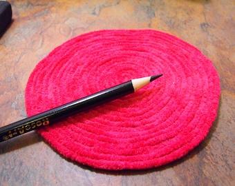 Framboise Chenille tapis--taille de Dollhouse