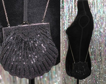 Black Sequin Seashell Handbag Purse with Gold Chain *Excellent Condition