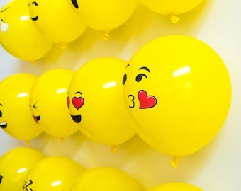 12 inch Emoji Latex Balloons with Smiley Face for Childrens Birthday Parties and Decorations (50 Pieces)
