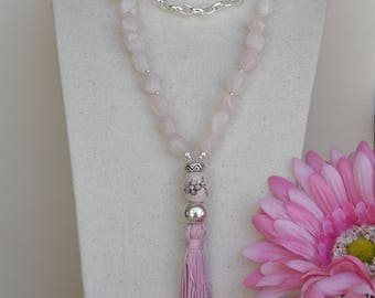 Necklace in Natural stones