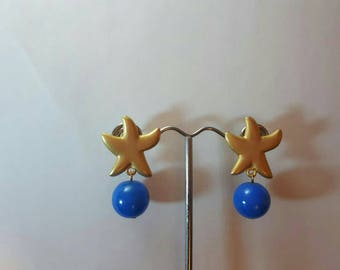 Starfish and sea, brass screw pendant earring with pearl.