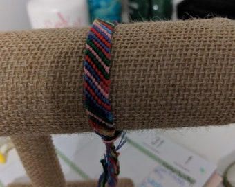 Rainbow rows pattern friendship bracelet