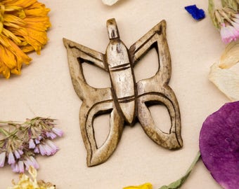 Butterfly Pendant, Carved Bone,  1pc, 30x30mm, Tea Stained Bone Pendants -P427