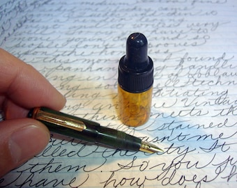 Super Tiny Miniature Hand Turned Wood Ebonite Fountain Pen - Fine Platinum tipped gold nib with glass eyedropper ink bottle!