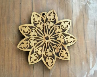 9-Pointed Star ORNAMENT, Baha'i, Lacy Wood Look