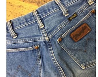 RARE Wrangler 26 60s High Waist, Hippie, Boho, Mom jeans