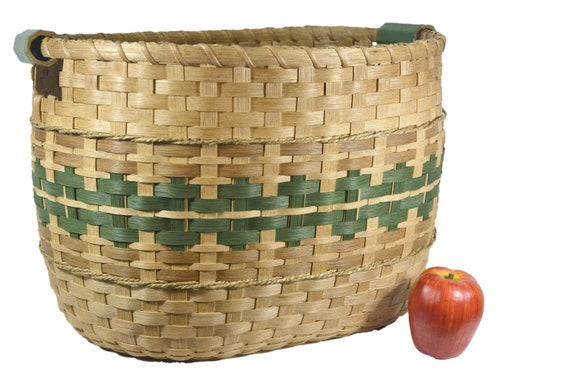Toys R Us Hand Basket : Laundry basket toy or quilt hand woven