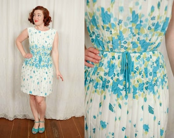 1960s Blue and White Floral Summer Dress - Small