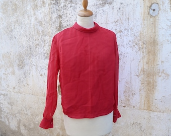 Vintage 1960/60s mod blouse / semi sheer pleated/  size S/M