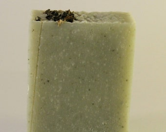 Stefy SOAP, clay, peppermint and nettle.