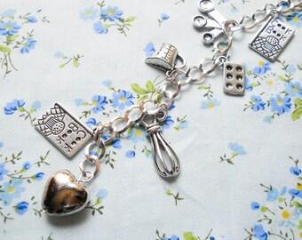 Bakers Charm Bracelet, Baking Bracelet, Baker Bracelet, Charm Bracelet, Food Bracelet, Cooking, Cute Bracelet, Bakery, Whisk, Kawaii