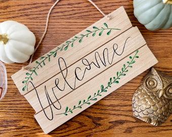 Welcome Sign | Housewarming Gift | Rustic Home Decor | Door Hanger | Wall Art | Leaf Wall Art | Floral Art | Wood Wall Art | Welcome Sign