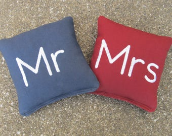 Personalized Wedding Cornhole Game Bags - Mr & Mrs Bags - Set of 8 Shown in Navy Blue and Burgundy - Non-Script Font - Great Gift!!