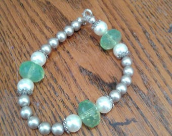 taupe and cream pearl bracelet with green glass and silver accents
