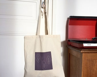 Tote bag vulva #2 / hand-embroidered