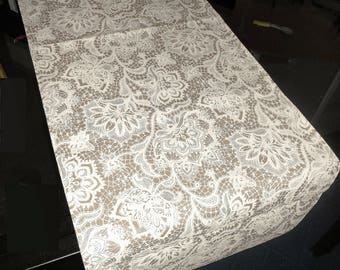 "Runner Centerpiece 100% cotton, fabric ""floral reflections"""