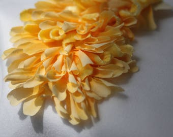 Yellow Applique of velvet petals,vintage 40s-50s,Antique velvet trimming,millinery trims,yellow adornment,velvet and fabric petals garnish