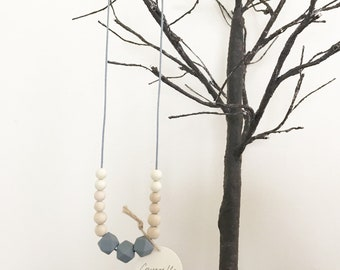 Baby Teether Necklace / Child Sensory Necklace / Nursing Necklace / Toddler Necklace (Grey & Cream)