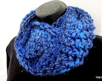 Luxurious Chunky Blue Cowl, crochet circle scarf, chunky neck warmer, gift under 35