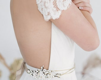 Barcelona Belt // Brass wire belt with hand painted ceramic flowers