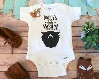 Daddy Onesie®, Fathers Day Gift From Baby, Cute Baby Clothes, Beard Onesie, Funny Onesie, Dad Onesie, Daddy's Little Beard Puller, Baby Boy