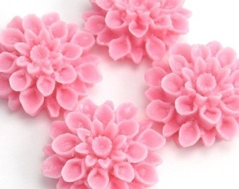 Dahlia Flower Plastic Cabochons - Light Pink - 18mm (4) PC081