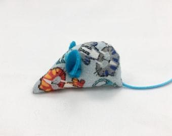 Catnip mouse, Organic catnip cat toy, flannel cat fabric, blue