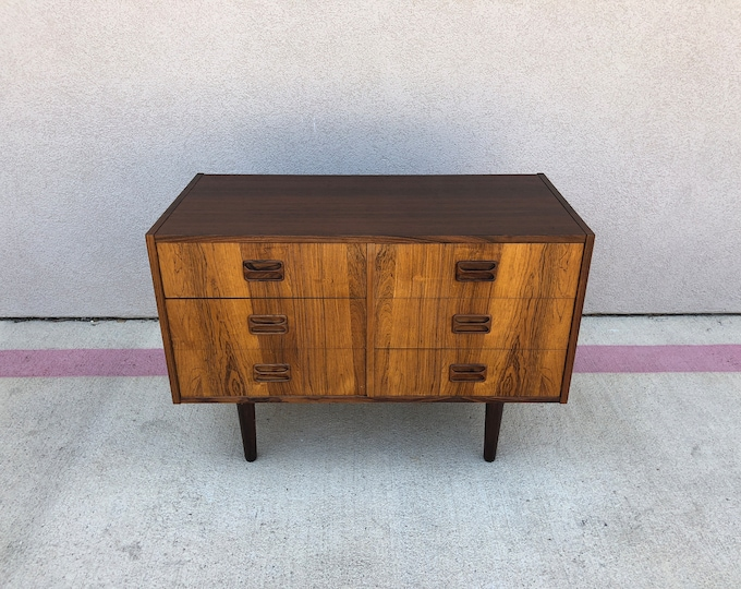 Mid Century Modern Danish Rosewood Low 6-Drawer Chest