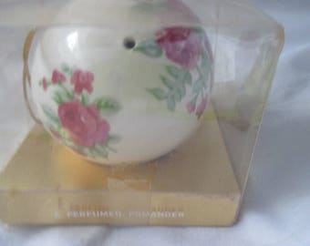 Porcelain Pomander Ball Potpourri or Scent Ball SCENTOMANDER by Andre Richard NOS in BOX