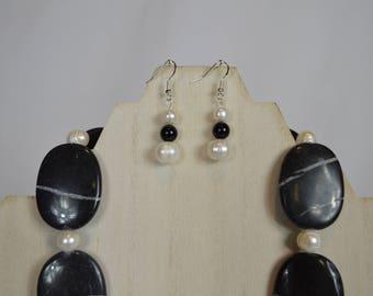 BlackAgate and White Freshwater Pearl Earrings