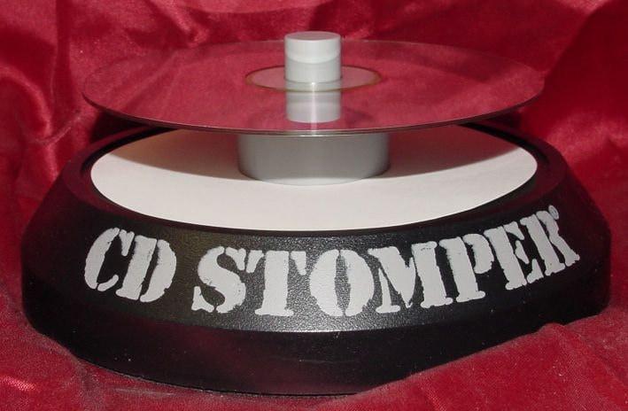 Avery cd stomper cddvd label applicator best label zoom saigontimesfo