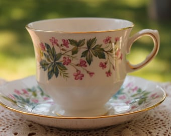 """Queen Anne Bone China Teacup and Saucer Set """"Pattern Number 8538"""""""