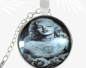 Marilyn Monroe necklace, retro necklace pendant, actress, Christmas gift jewelry
