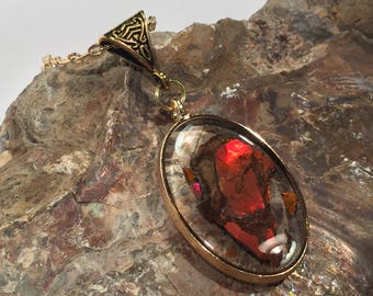 Oval, Gold, 3D, Red Ammolite, Resin Pendant