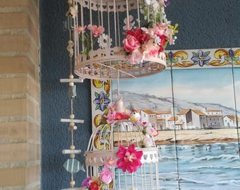 Decorated cages / / flower arrangement