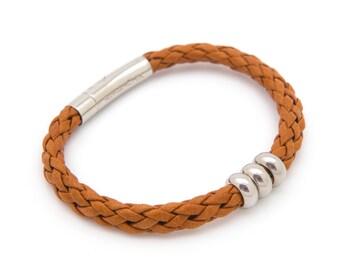 Brown leather bracelet, Stackable leather bracelet, Men's or Women's tan bracelet - the Norse