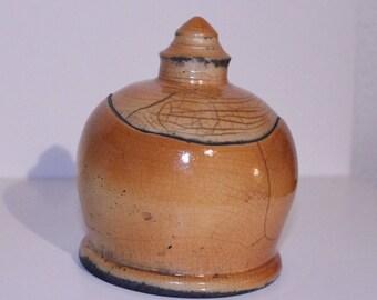 Box round raku pottery