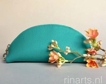 Zipper pouch SUNRISE in aqua green full grain leather.  Travel pouch. Cosmetic pouch. Bag insert, bag organizer
