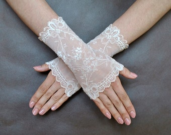 Light peach elegant Glamour short lace GLOVES for special occasions, bridal, WEDDING, prom