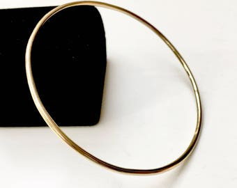 14K SOLID Gold Bangle Thick 2.03mm / 12 Gauge Full Round Wire - Smooth or Hammered - Luxurious Heirloom Quality Hallmarked 14K