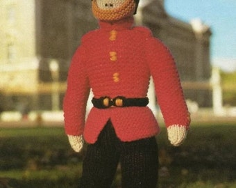 Queens Soldier / Guard Buckingham Palace Knitting Pattern