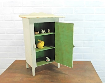 Small Painted Primitive Style Cabinet, Jelly Cupboard, Off White Wooden Stand, Farmhouse Style, Cottage Decor, Vintage Furniture