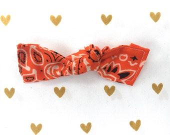 Bowdana Knot Bow (Trendy Tangerine)