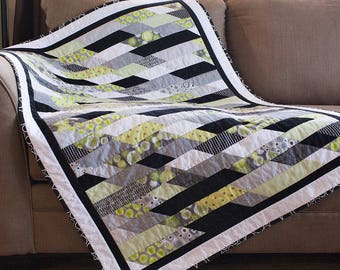 Modern geometric baby quilt