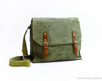 Vintage Military Green Cotton Canvas Messenger / Canvas Army Messenger Bag 70s / Green canvas Shoulder Bag, Army bag,  Military Bag