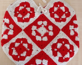 Crochet Granny Square Tote in Red and White