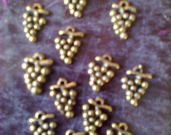 1 purchased = 1 free! set of 12 charms grapes color old gold