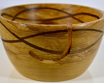 945 Yarn bowl, made from Silver Maple with a double wave of Black Walnut